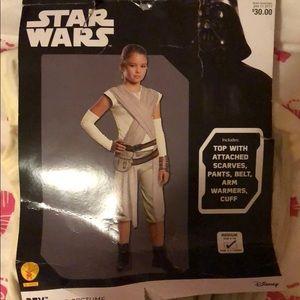 Brand New Kids Star Wars Rey Costume Size Medium
